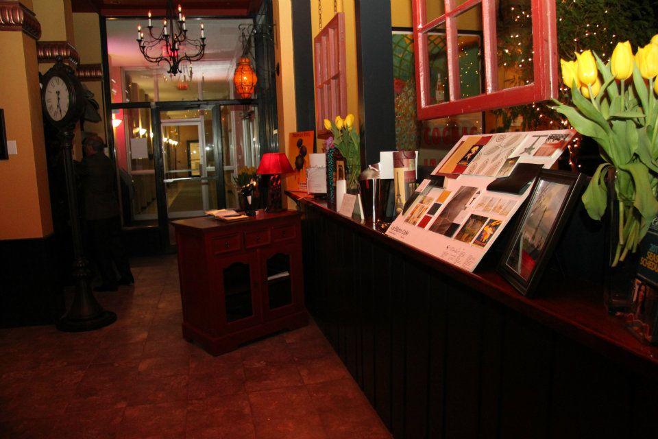 Decor and staff for Staff decor gemenos